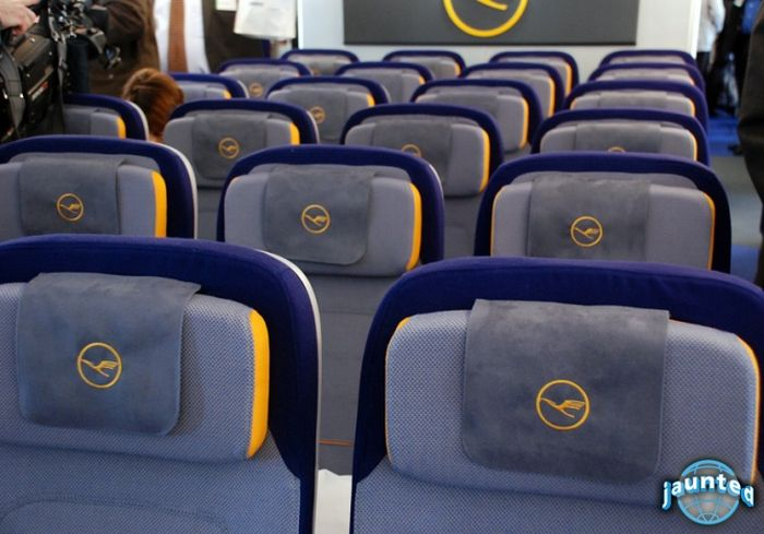 Inside Lufthansa's New Airbus A380 (25 pics)