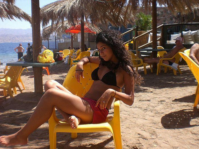 Oralsextrailers Clip Israel Girl On The Beach