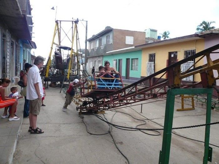 A Low Budget Amusement Park (18 pics)