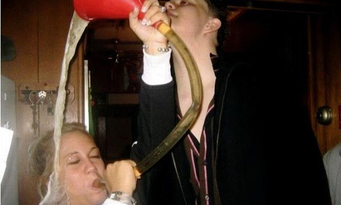 The Most Hilarious Beer Bong Fails (19 pics)