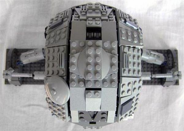 LEGO Terminator (7 pics)