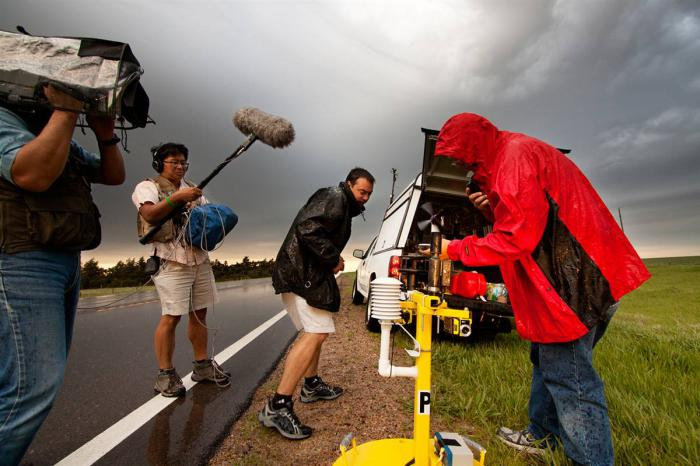 Storm Catchers (14 pics)