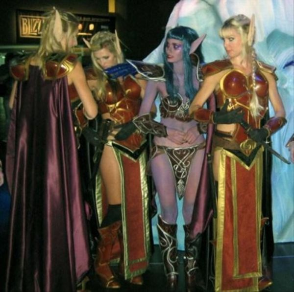 World of Warcraft Cosplay Girls (25 pics)
