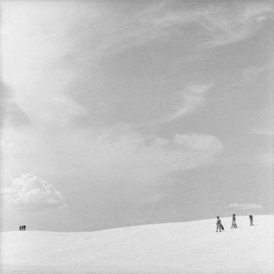 Beautiful Black and White Photos (27 pics)