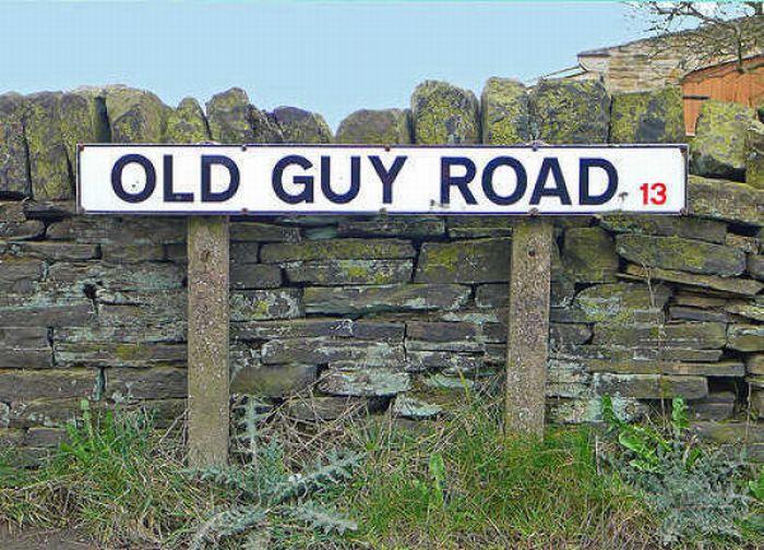 Funny and Strange Street Names (35 pics)