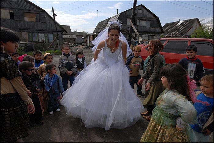 Gypsy Wedding (15 pics)
