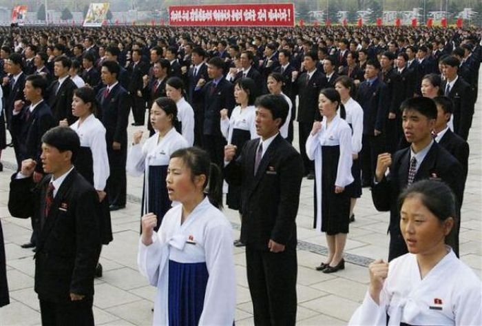 The Life in North Korea (120 pics)