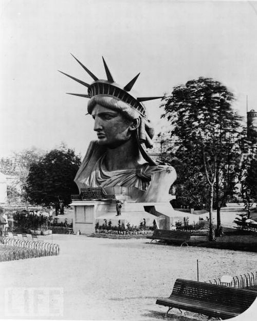 The Story of Statue of Liberty in Photos (27 pics)
