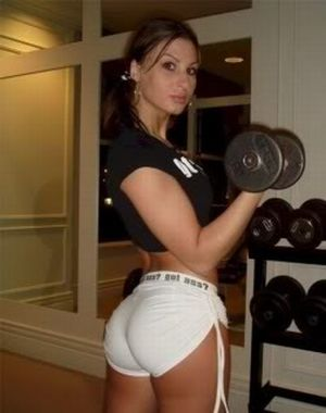 Hot Girls Working Out (24 pics)