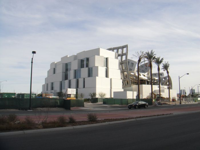 Lou Ruvo Center for Brain Health (8 pics)