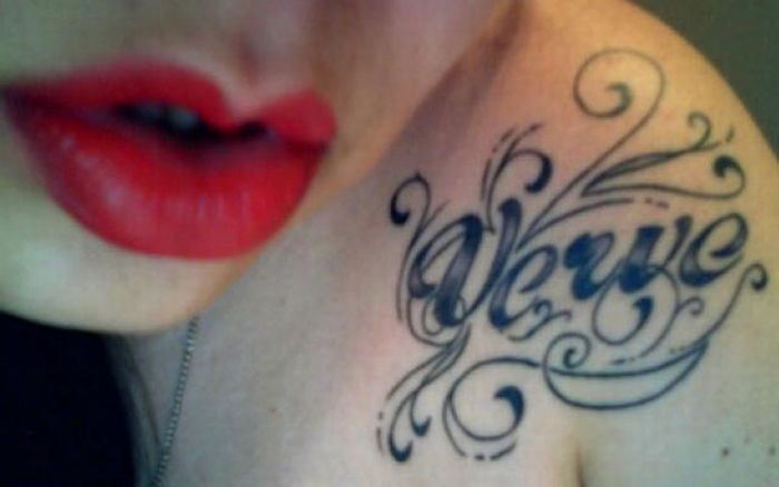 Typographic Tattoos (28 pics)