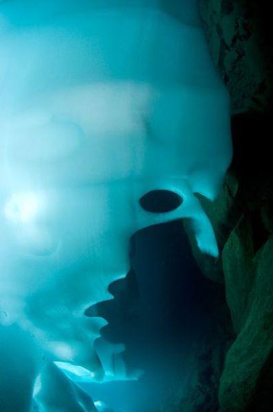 Beautiful Underwater Photos of an Alpine Lakes (10 pics)