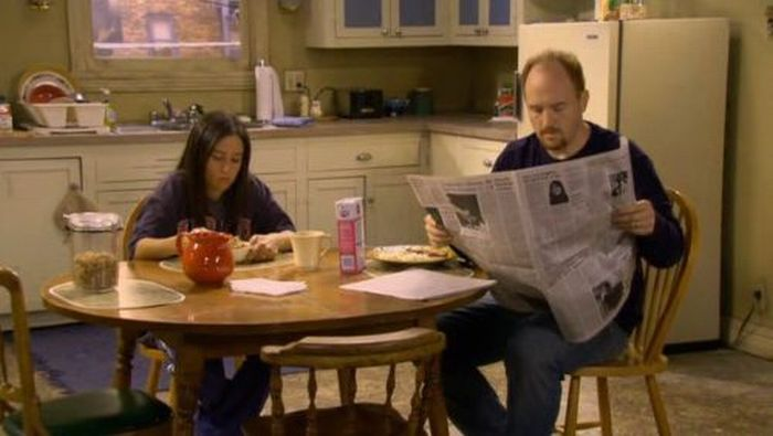 The Most Famous Newspaper on TV (37 pics)