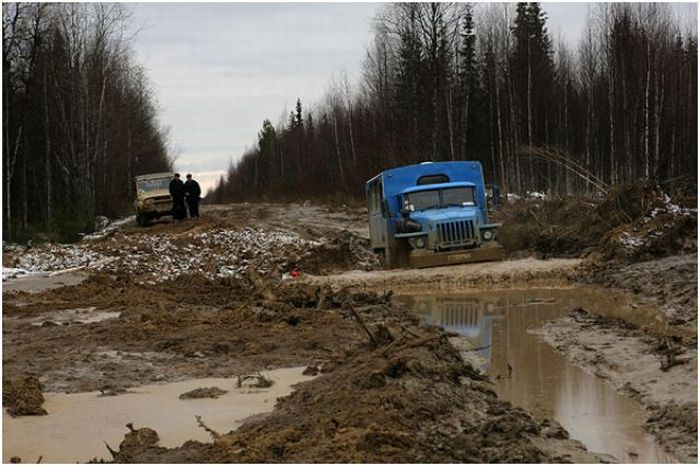 The Worst Road in Russia and Probably in the World (61 pics)