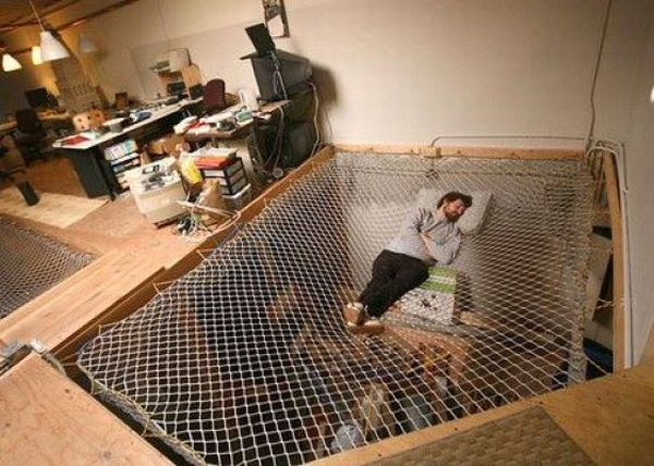 Unusual Places to Sleep (39 pics)