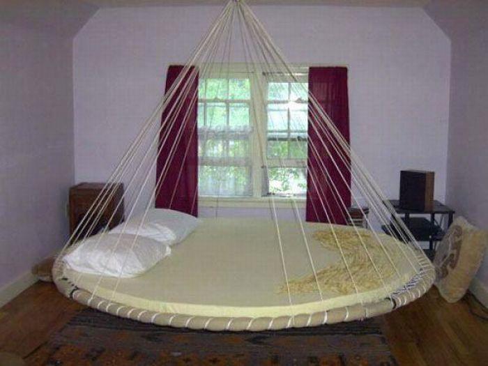 Unusual Places to Sleep (39 pics)