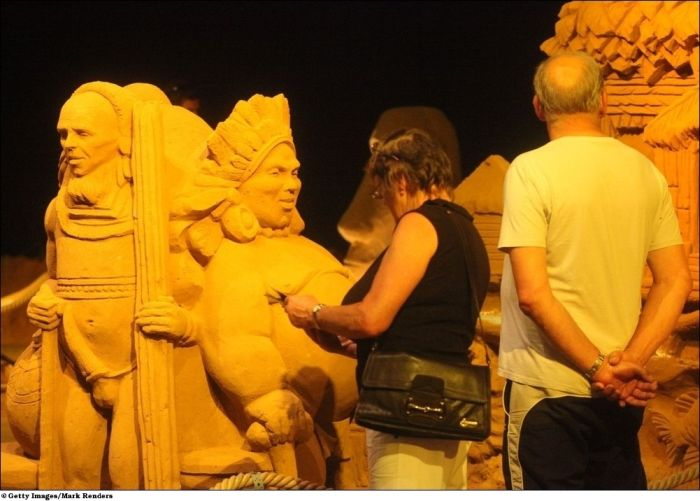Annual Blankenberge Sand Sculpture Festival 2010 (24 pics)