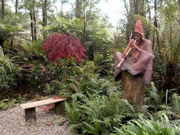 Bruno s sculpture garden in melbourne australia pics