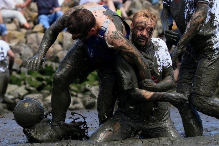 German Mud Olympics 2010 (9 pics)