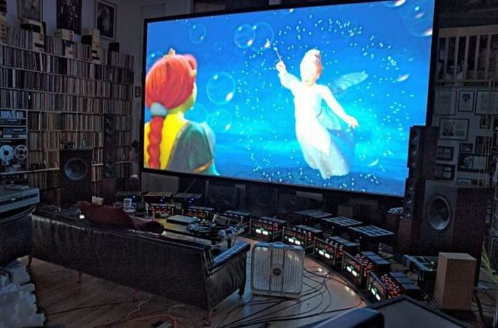 The Most Expensive Home Theatre (22 pics)