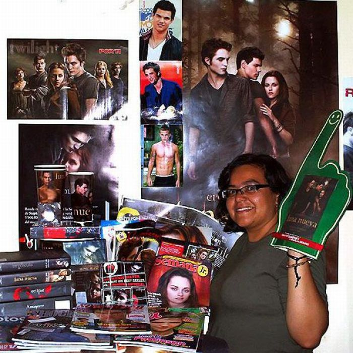 Bedrooms of the Biggest Twilight Fans (27 pics)