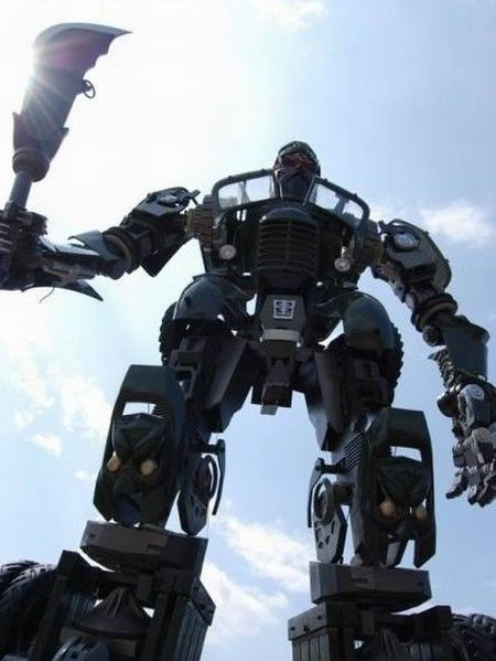 Chinese Transformer (4 pics + video)