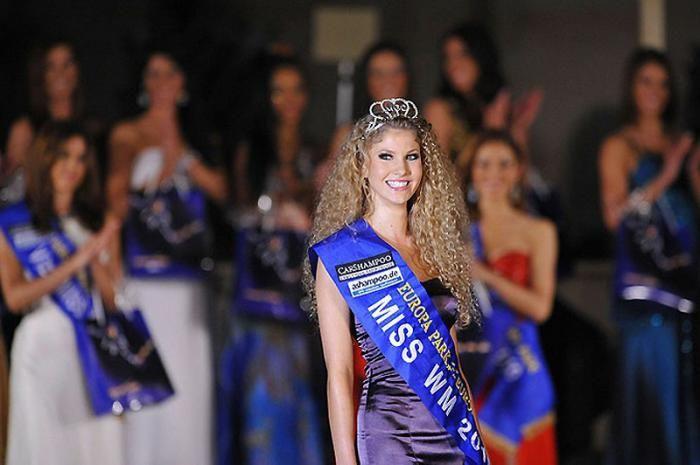 Miss World Cup 2010 (10 pics)