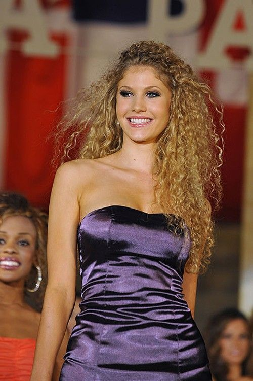 Miss World Cup 2010 (10 pics)