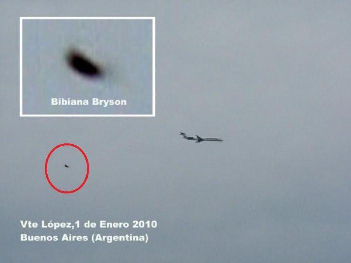 UFO Sightings Around the World (101 pics)
