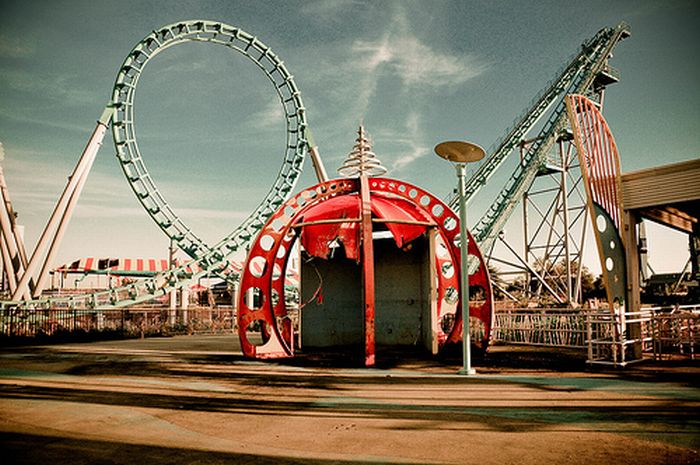 Abandoned Six Flags in New Orleans (54 pics)