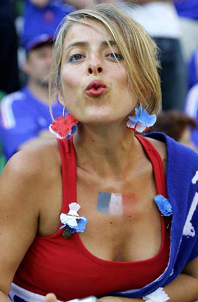 Sexy World Cup Fans (104 Pics