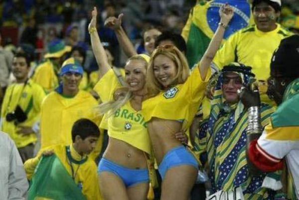 sexy_world_cup_fans_80.jpg