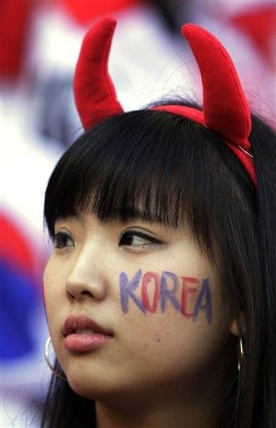 Sexy World Cup Fans 2010 (62 pics)