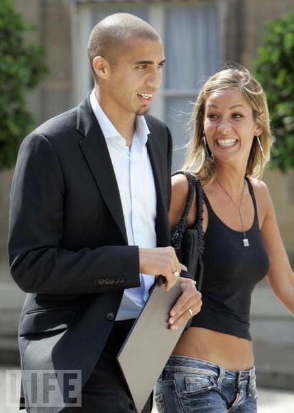 Wifes and Girlfriends of Soccer Stars (28 pics)