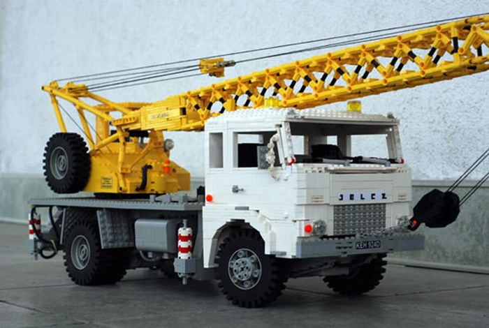 LEGO Trucks (15 pics)
