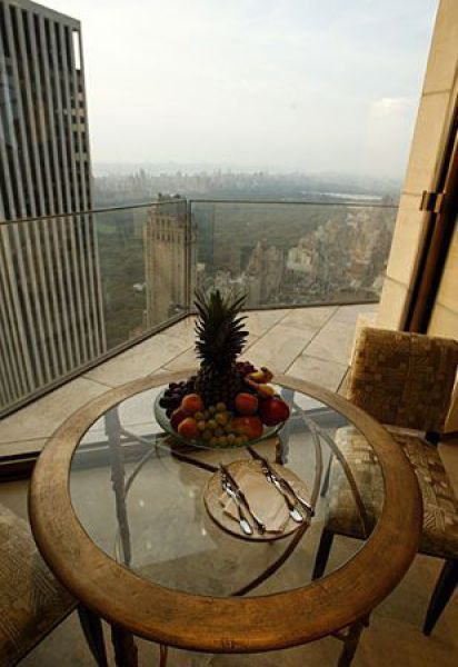 Ty Warner Penthouse suite in Four Seasons Hotel (32 pics)
