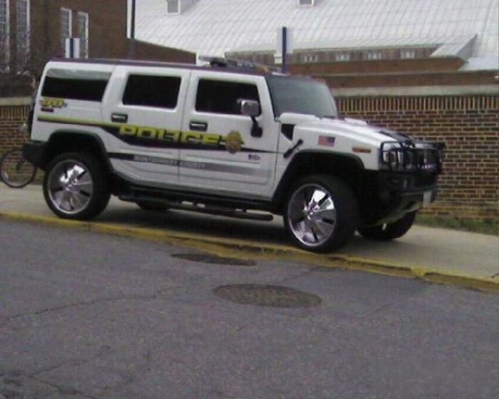 Strange and Funny Police Vehicles (27 pics)