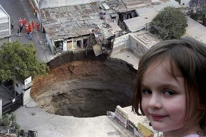Disaster Girl and Other Disaster Kids (22 pics)