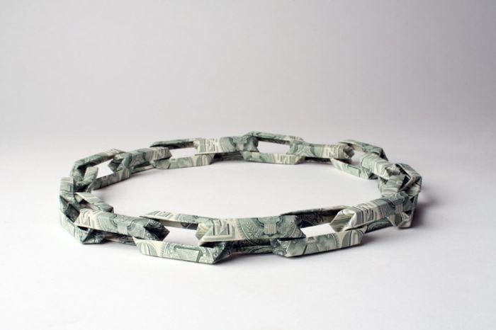 Banknote Jewelery (18 pics)