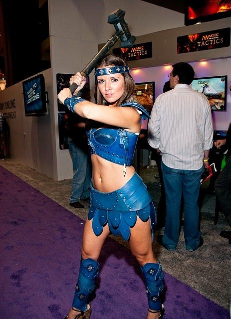 Girls from E3 Booths (64 pics)