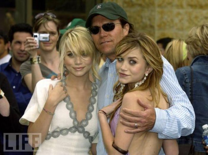 Famous Daughters and Fathers (31 pics)