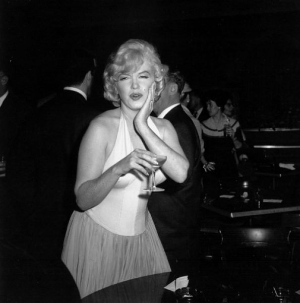 Rare Photos of Famous People. Part 7 (118 pics)