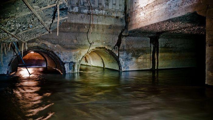 Underground River in Novosibirsk, Russia (18 pics)