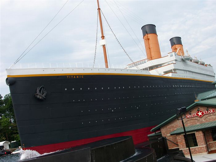 Titanic Museum in Pigeon Forge, Tennessee (8 pics)