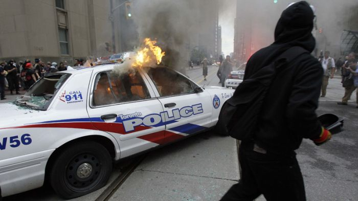 G20 Protesters in Toronto (14 pics)