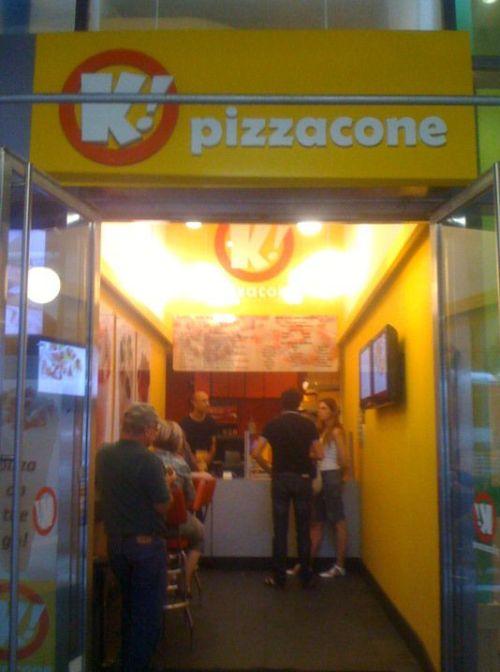 Pizzacone (2 pics)