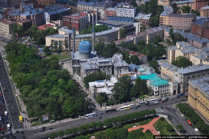 Aerial Photographs of Russian City of Saint Petersburg (45 pics)