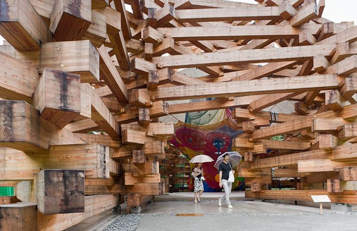 Japanese Remote Wooded Playhouse (19 pics)