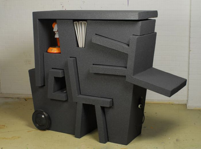 Kruikantoor, a Portable Office Made out of Foam Plastic (7 pics)