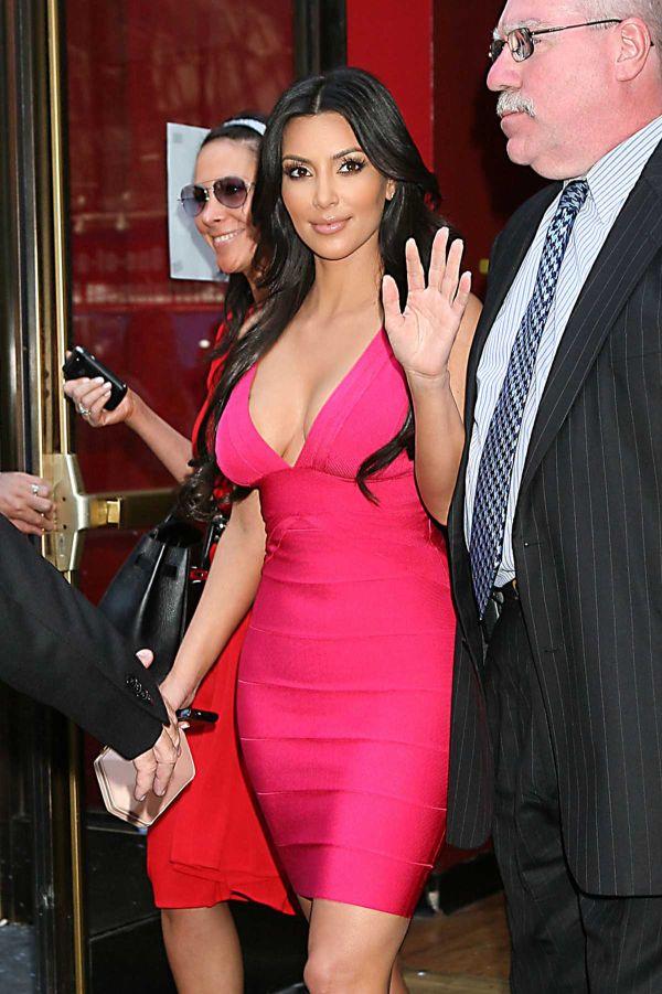 kim kardashian 06 jpg Kim Kardashian